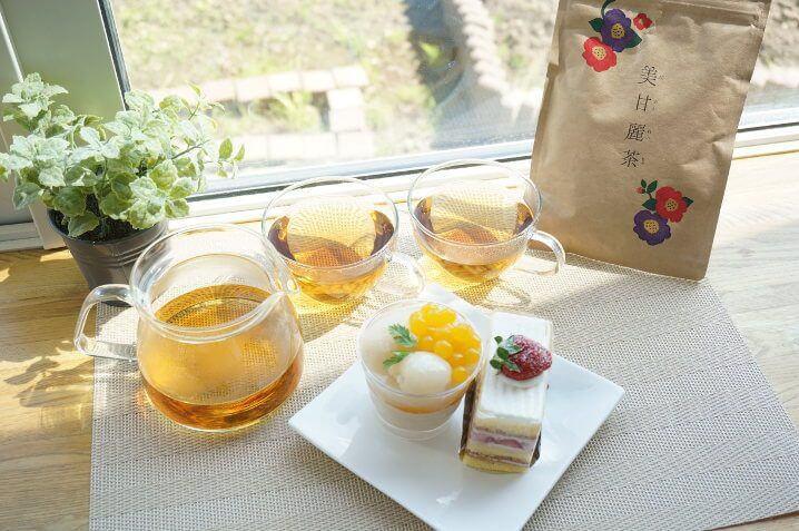 美甘麗茶とケーキ